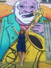 No, I didn't purposely wear a solid dress so it'd look good against the street art